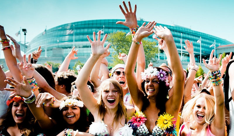 10 Essential Tips For People Going To Their First EDM Event