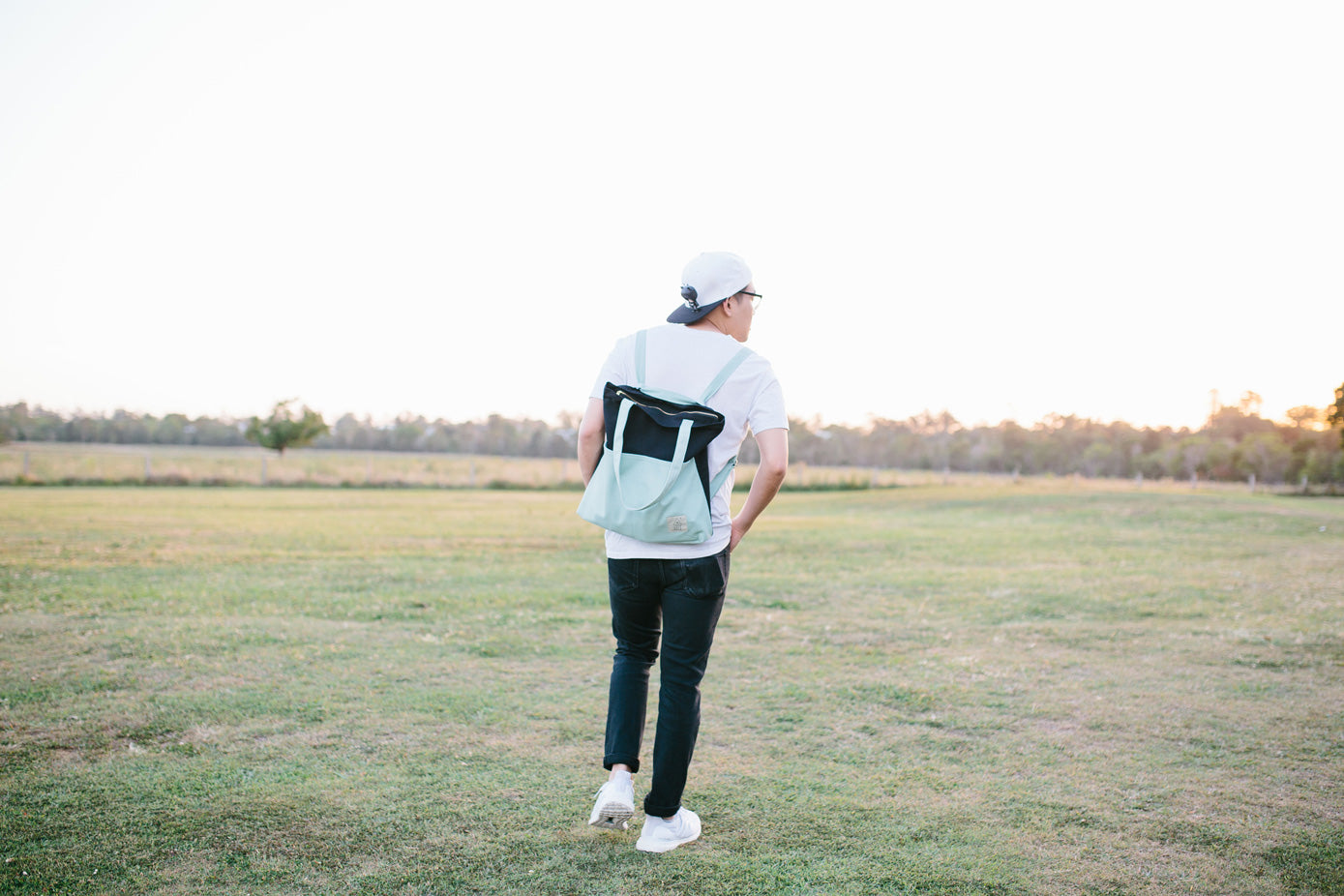 COTTON BAG: Traveller Basic Backpack - Mint & Black