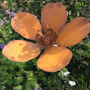 Flower, Leaf & Plant Sculptures