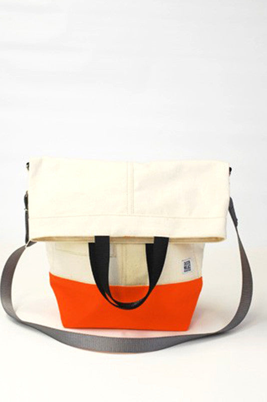 ChesterWallace Upright Totes / Natural with Orange