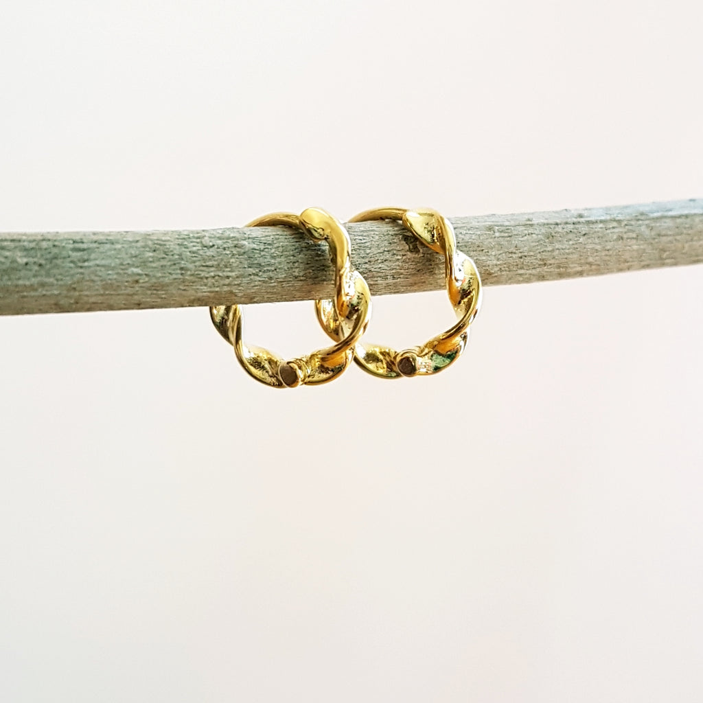 "Gold-plated oorringen ""Twist"""