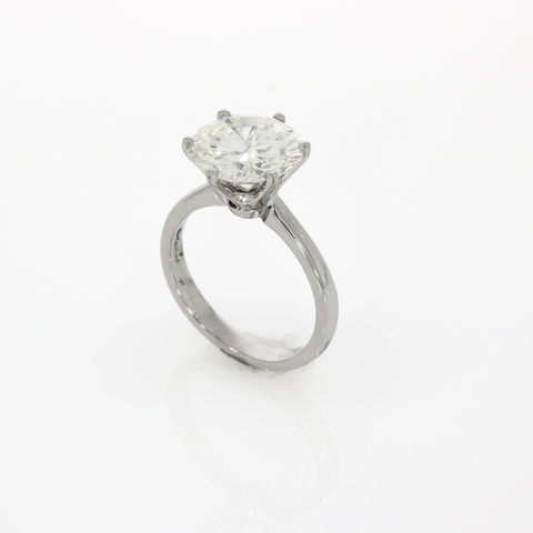 Brilliant Cut Diamond Ring - Platinum