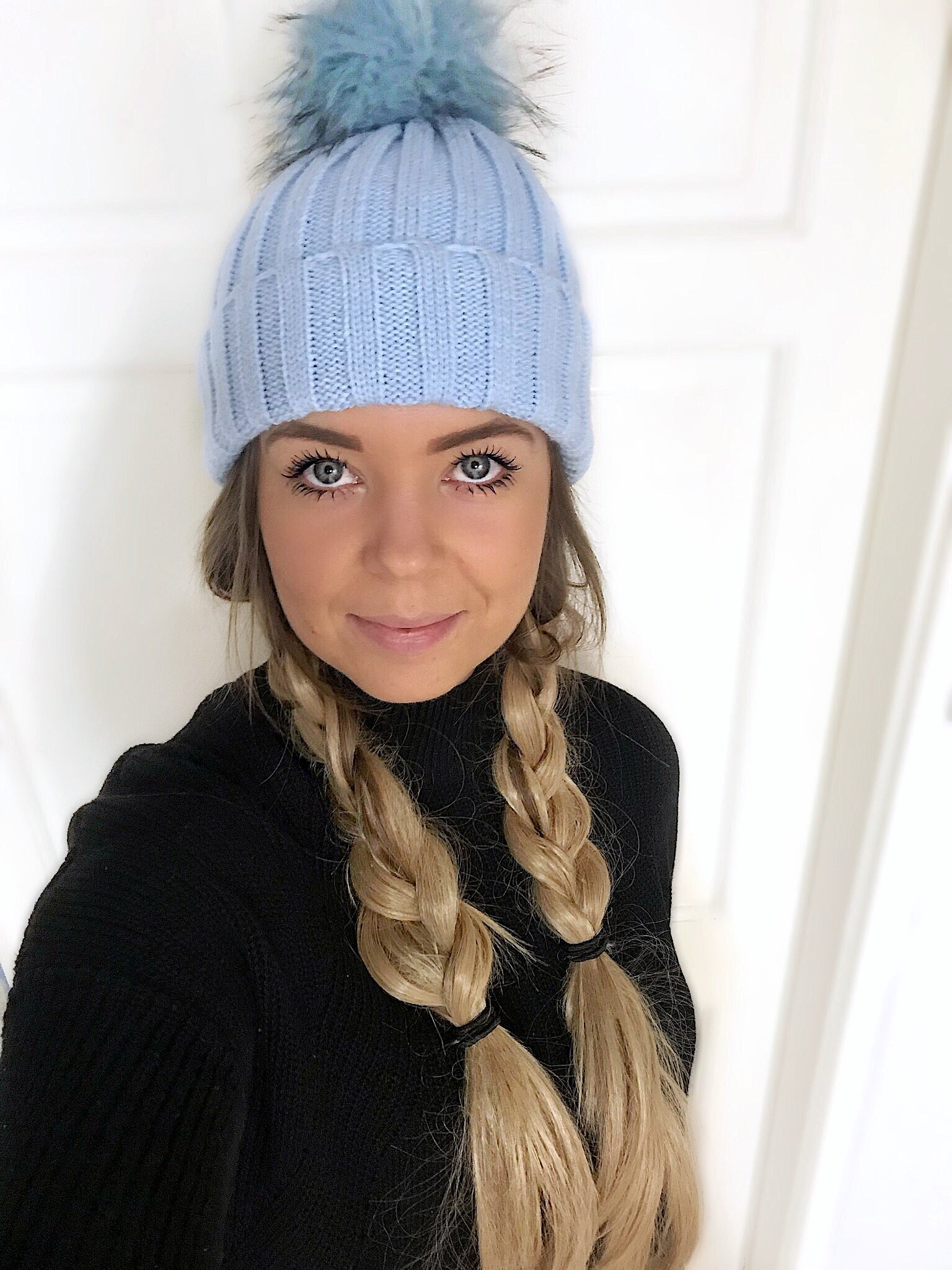 Blue bobble hat - ADULT
