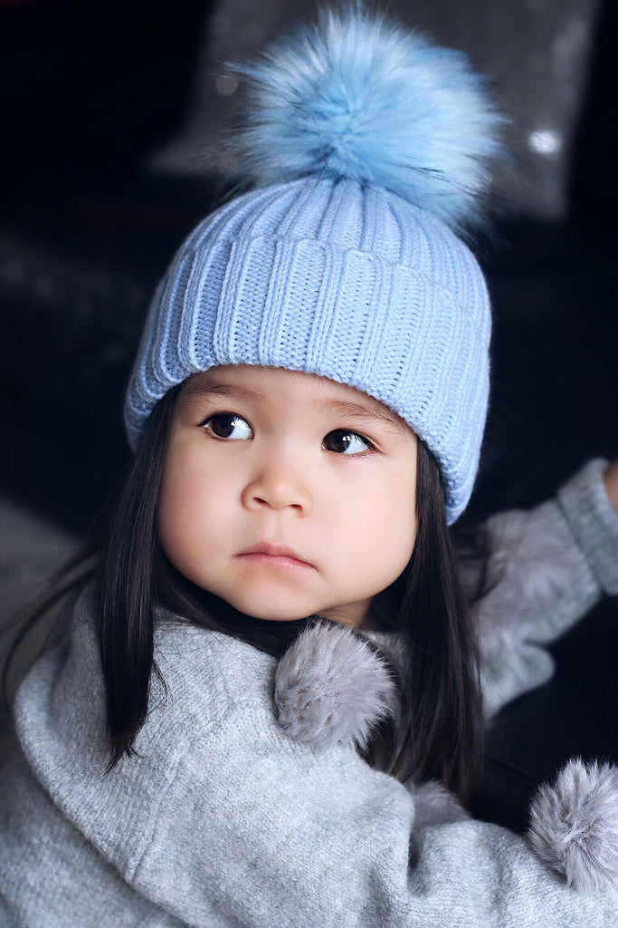 Blue bobble hat (UNISEX) - CHILD