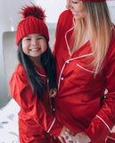 Red bobble hat (UNISEX) - CHILD