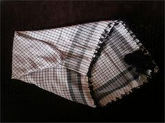 Checkered Print Middle Eastern Shemagh with Black tassles - Arabic Islamic Shopping Store - 1