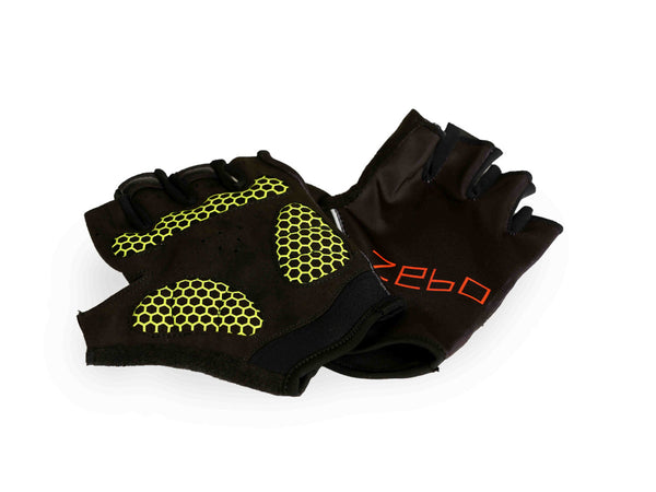 Training gloves- flex fit black light weight padding