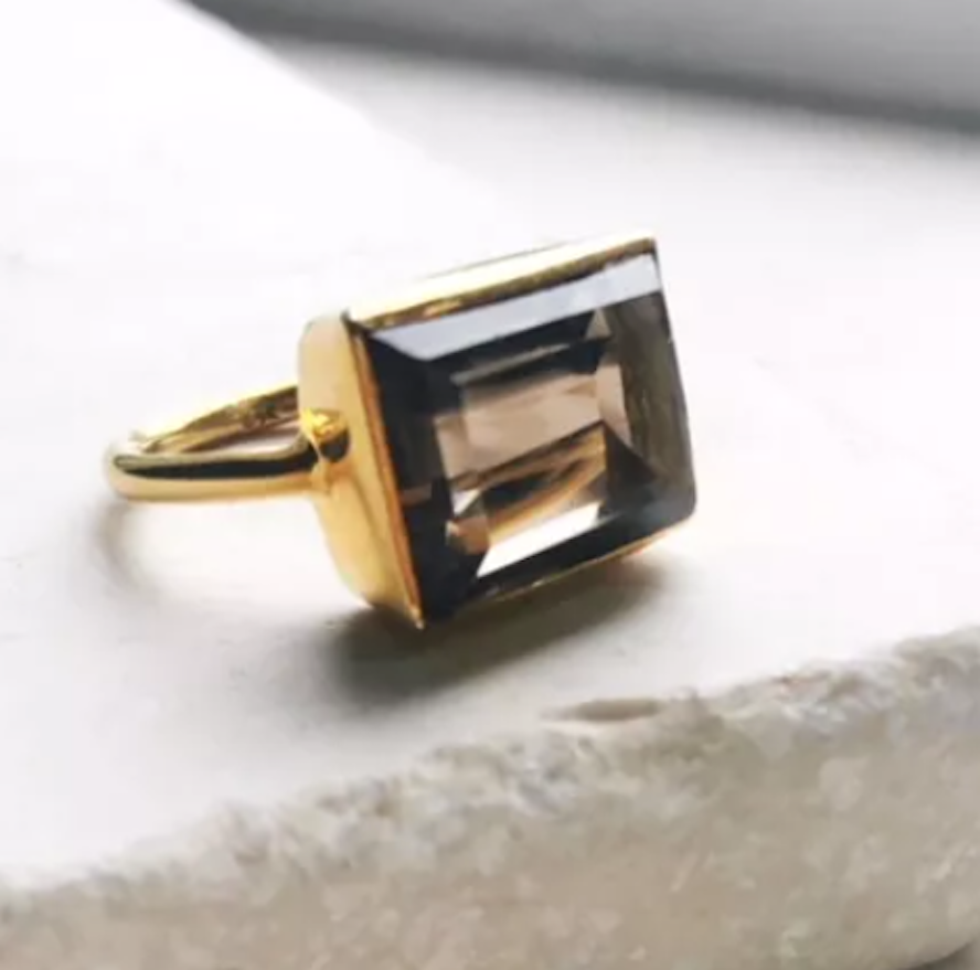 GOLD SMOKY QURTZ COCKTAIL RING