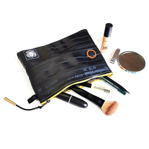 SacTube makeup bag from recycled bicycle inner tube by Felvarrom