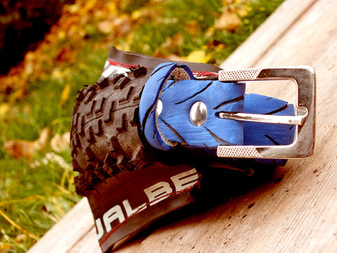 Blue bicycle belt from upcycled bicycle tyre - by Felvarrom