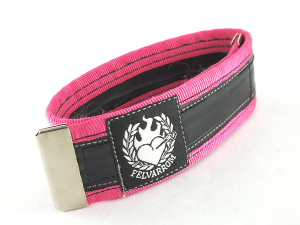Cycling trousers strap – pink by Felvarrom bicycle upcyclery - 1