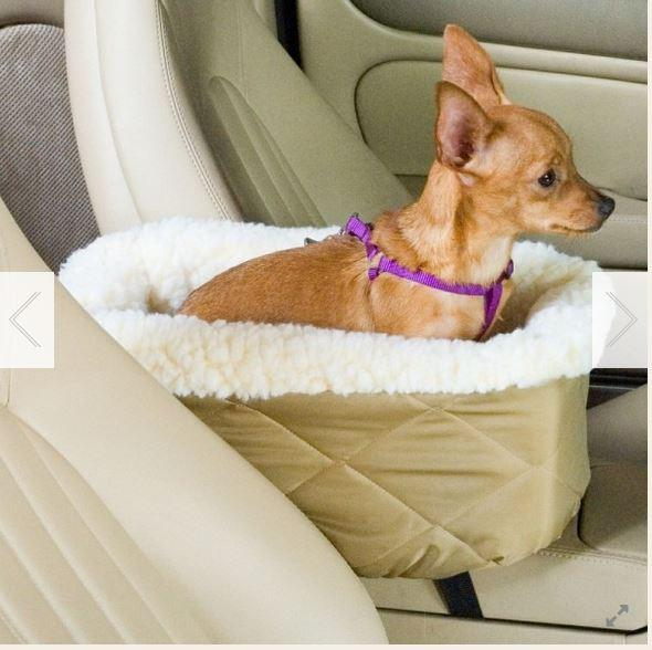 console dog car seat keep doggie safe. Black Bedroom Furniture Sets. Home Design Ideas