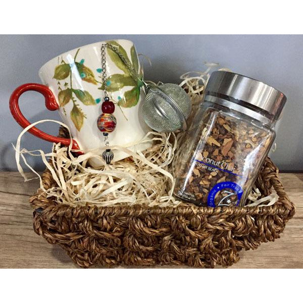 Tea Basket with Tea Infuser, Loose Tea & Cup
