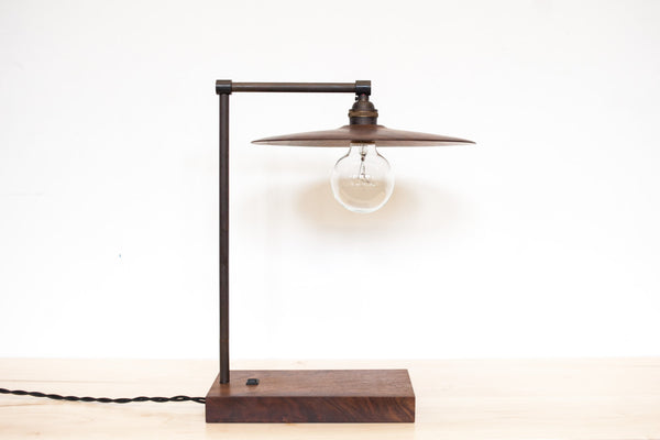 TH Desk Lamp