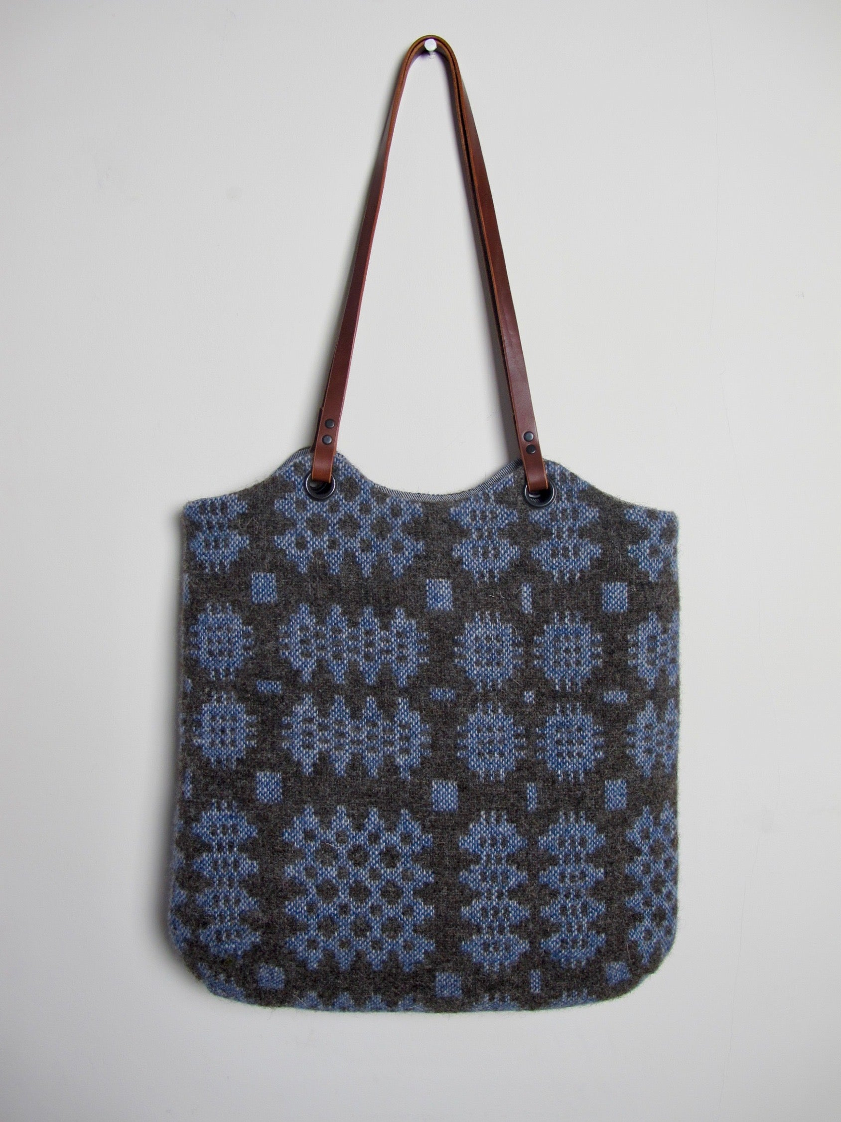 Tapestry Tote - Lottie Blue I