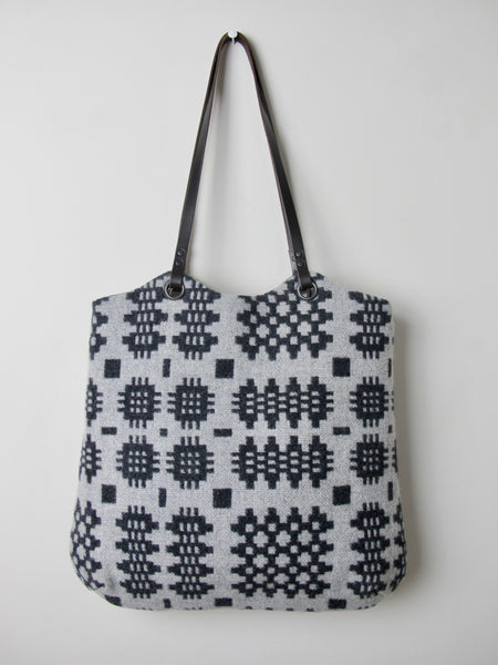 Tapestry Tote - Graphite & Silver Grey II