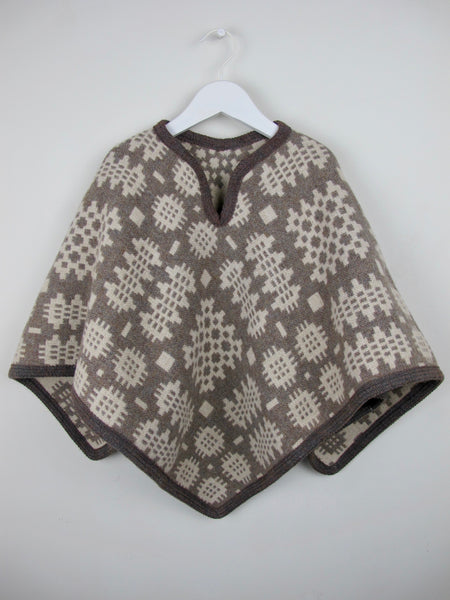 Blanche - Child Poncho