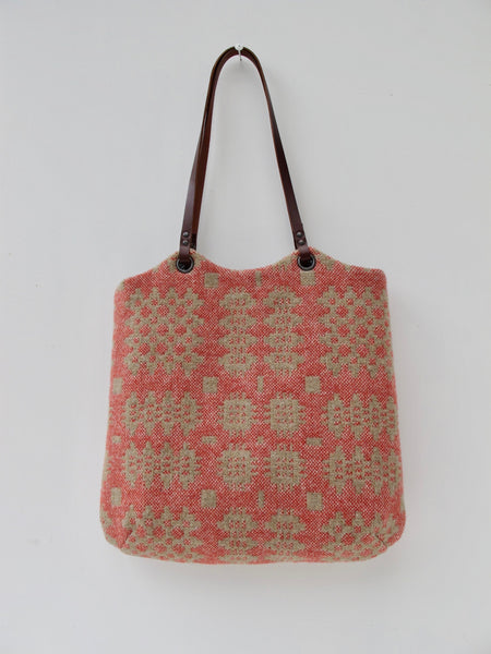 NEW Tapestry Tote - Sand & Coral II