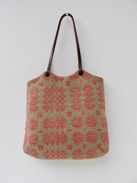 NEW Tapestry Tote - Sand & Coral I