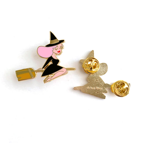 ENAMEL PIN – Best Witch in Pink