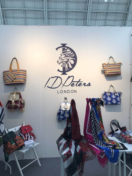 pulse show stand premium accessories id peters london