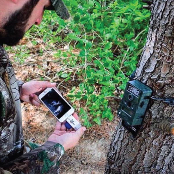 BoneView for Apple SD Card Reader view Trail Camera Photos on your phone