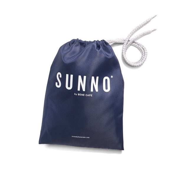 Bolsa impermeable para bañador de hombre. Waterproof bag for men's swim short. SUNNO BY BENE CAPE