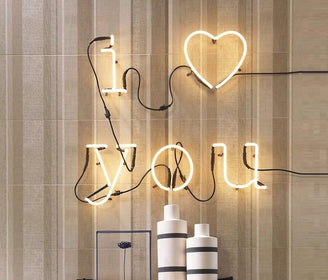 العبارة المضيئة I ♥︎ you NEON Wall lamp Seletti