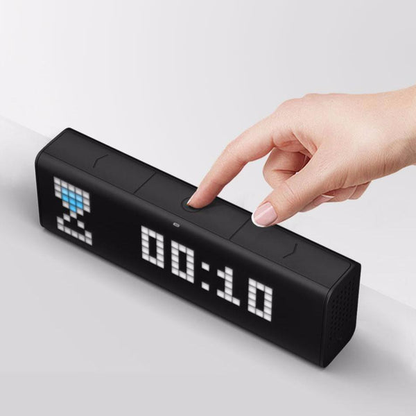 الساعة الذكية LaMetric Time Digital clocks LaMetric