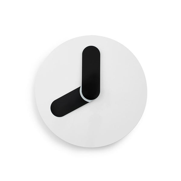 ساعة الحائط Bold Wall Clock White Wall Clocks NORMANN COPENHAGEN أبيض