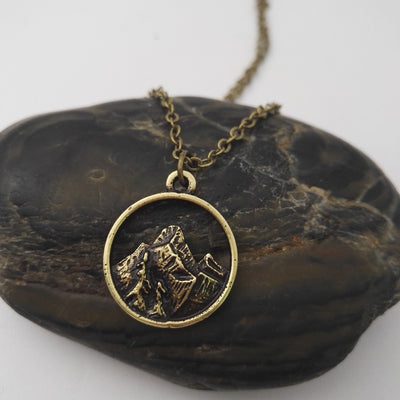 *NEW ARRIVAL* The Mountains Are Calling Me Necklace - Miss Grandeur