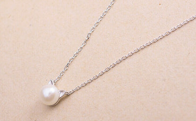 Dainty Cat Pearl Necklace (Sterling Silver) - Miss Grandeur