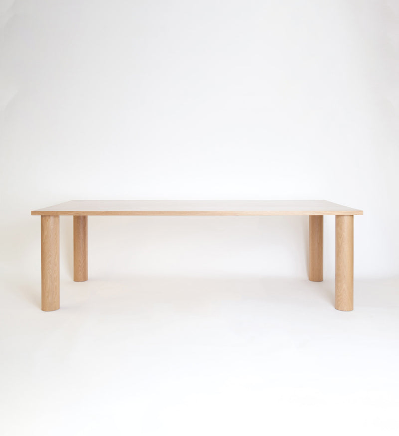 Una Dining Table