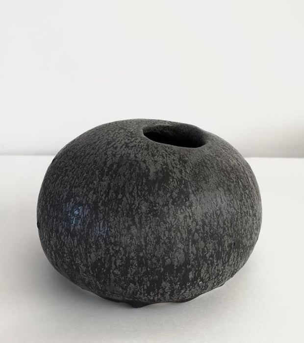 Vase Medium 01 - Emilie Halpern