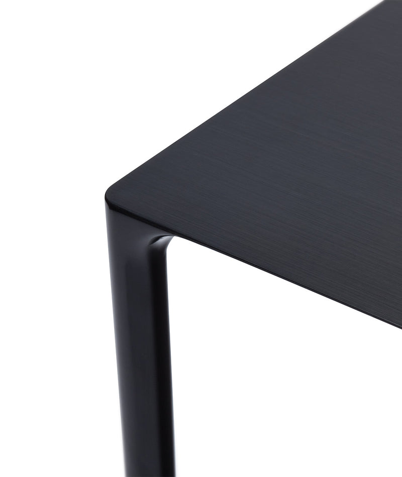 Surface Table