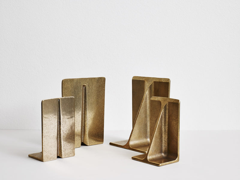 Fin Bookends