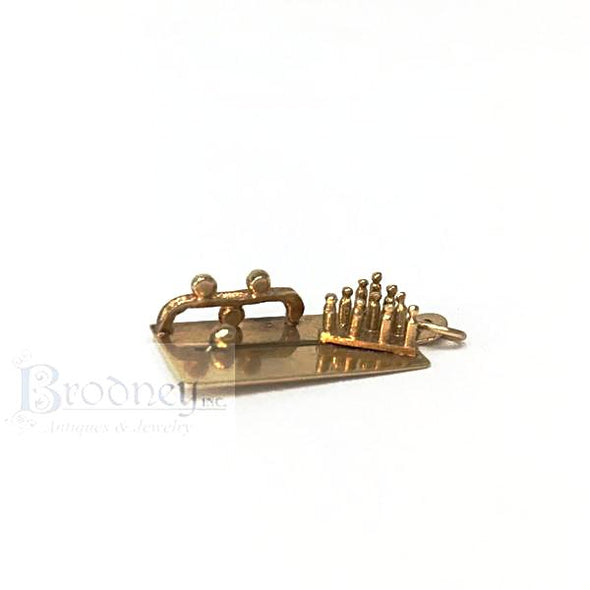 14kt-gold-bowling-pins-charm-fine-estate-jewelry
