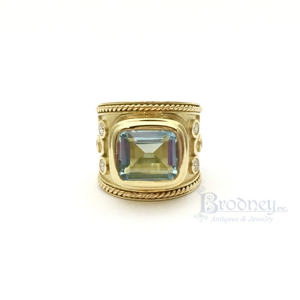 18kt Gold Aquamarine and Diamond Ring