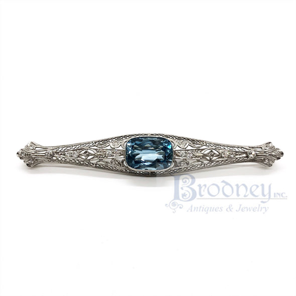Art Deco Platinum Aquamarine and Diamond Bar Pin