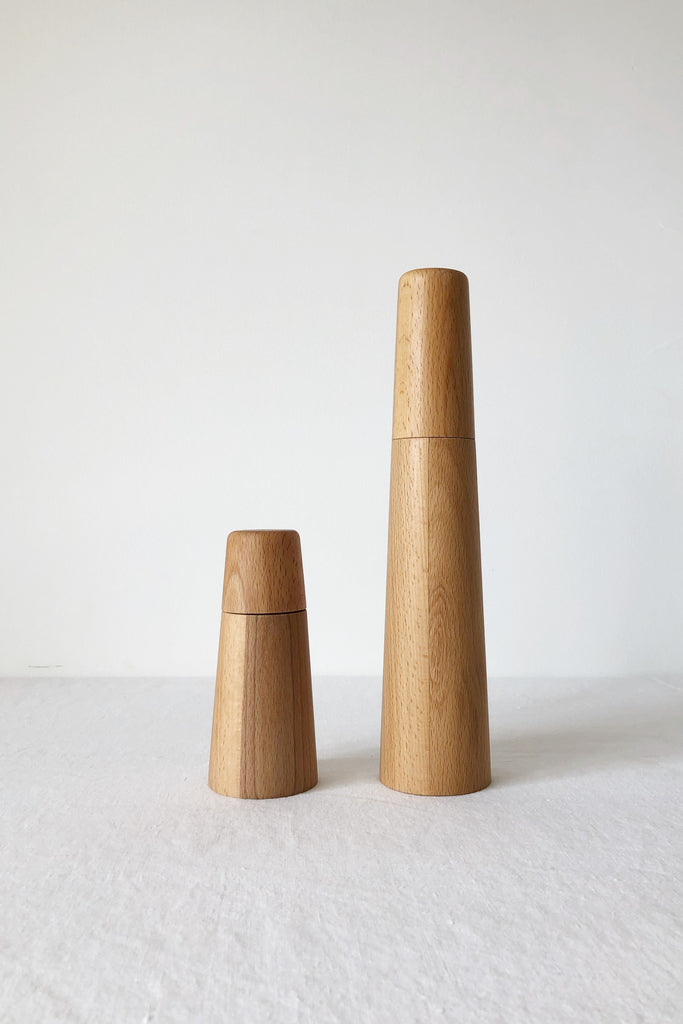 BEECH WOOD SALT AND PEPPER MILL