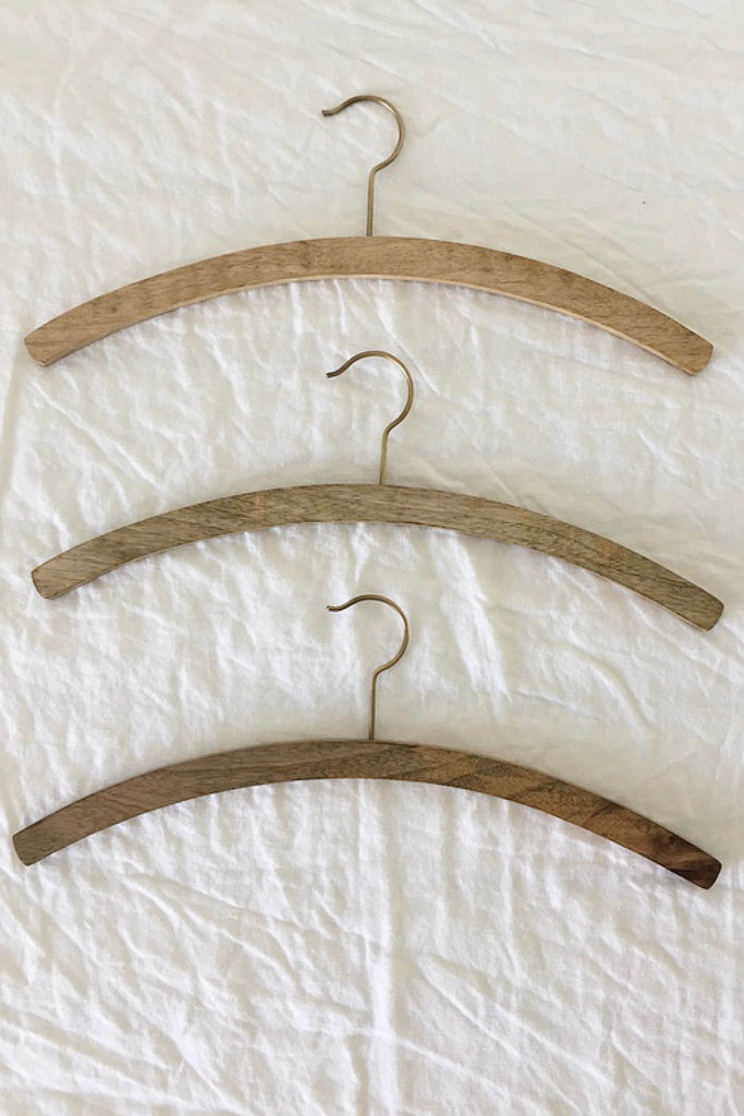 TIMBER SHIRT HANGER