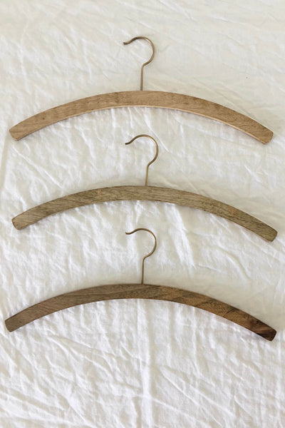 TIMBER SHIRT HANGER - SET OF 3
