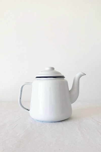 ENAMEL TEA POT IN WHITE WITH BLUE RIM