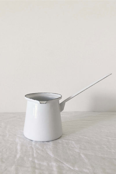 ENAMEL BUTTER MELTER IN WHITE