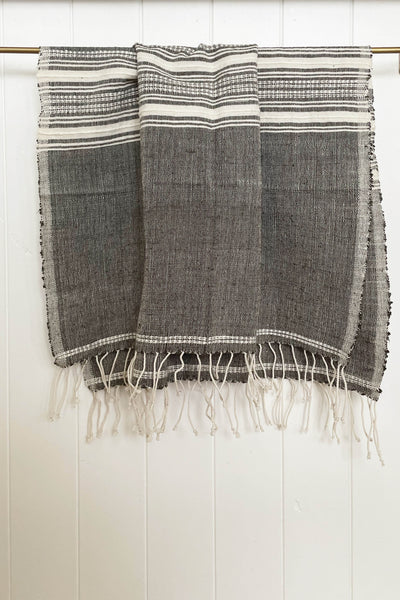 HAND LOOMED HAND TOWEL IN CHARCOAL/NATURAL