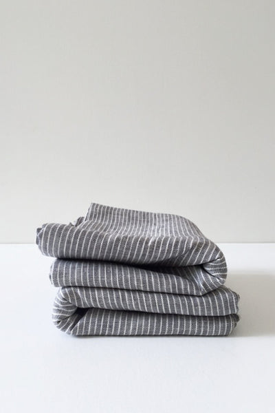 LINEN TABLECLOTH IN GREY WITH WHITE STRIPES
