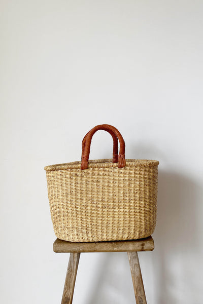 OVAL ELEPHANT GRASS BASKET