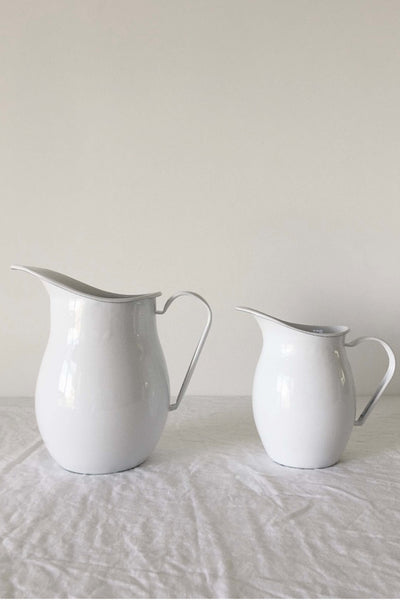 ENAMEL WATER JUG IN WHITE