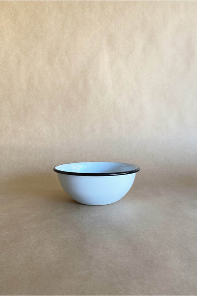 ENAMEL CEREAL BOWL IN WHITE WITH BLACK RIM