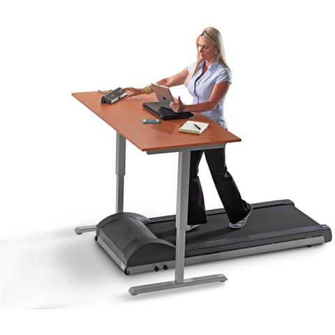 Why FitBit Users Are Secretly In Love With The Treadmill Desk?
